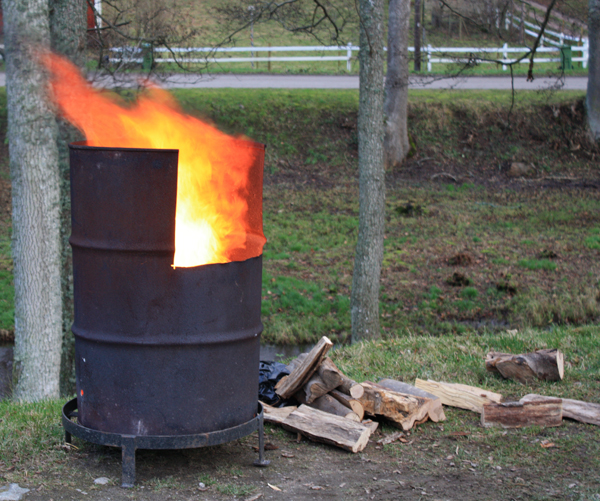 Bubbetorps Christmas Market - Fire Barrel