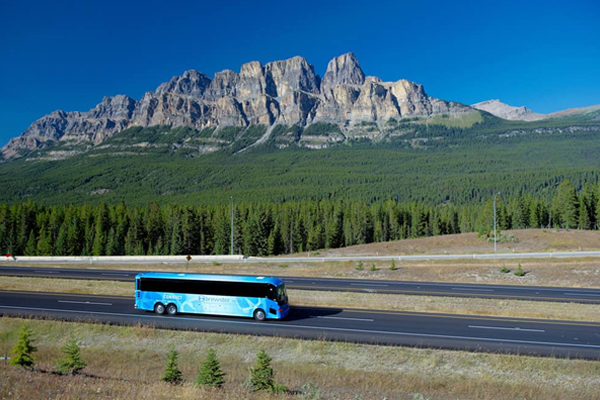 How to Travel From Calgary to Banff by Bus
