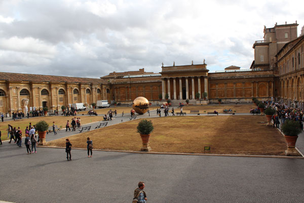 Photos From The Amazing Vatican Museums In Rome