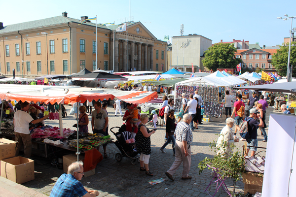 Moments From The Leaf Market In Karlskrona 2013
